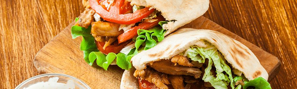 Shoarma, döner kebab en kapsalon