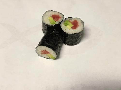 Hosomaki maguro + avocado 3 stuks