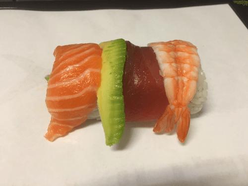 Uramaki rainbow sushi king 8 stuks